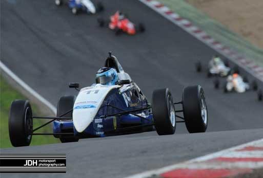 Dennis Lind wins Formula Ford Festival